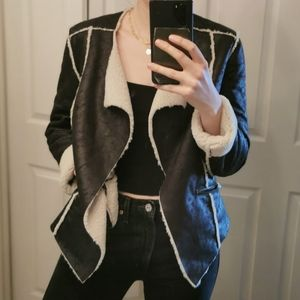 2 for 20$🌟Faux Fur, Faux Leather Fall Jacket